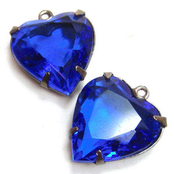 Sapphire Blue Vintage Glass Heart Jewels