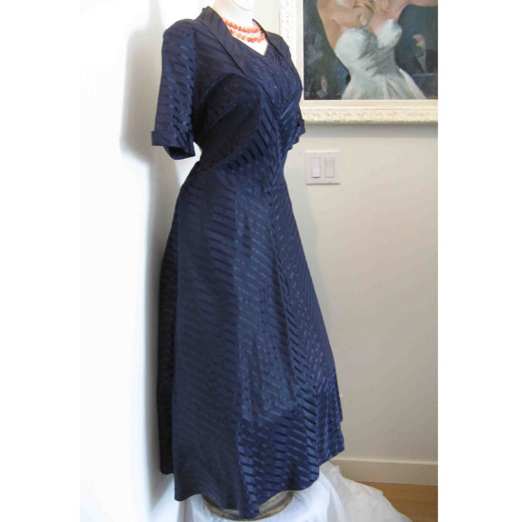 vintage blue 1940s dress available at Youthstep on Etsy